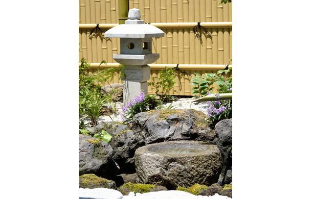 建仁寺垣組立てセットA型(柱みせタイプ)・天然木枠枝折戸・天然白平割垣