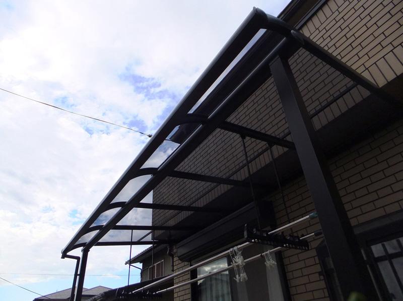 R屋根タイプテラス「サンライズテラス タイプ2」ポリカ屋根材付
