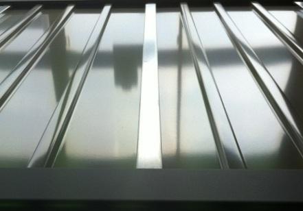 サンキン物置SK7(エスケー7)アルファ-10 棚板付き