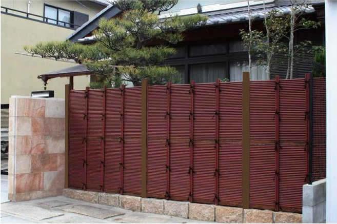 人工竹垣組立てセット「みす垣E型」すす竹ブロンズ角柱 柱見せ